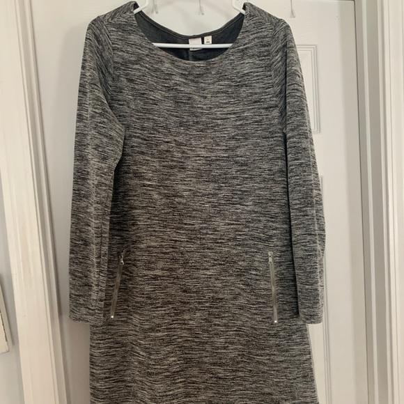 GAP Dresses & Skirts - Great long sleeve dress